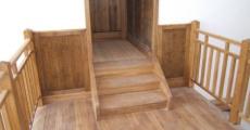 Lépcső, korlát, falburkolat